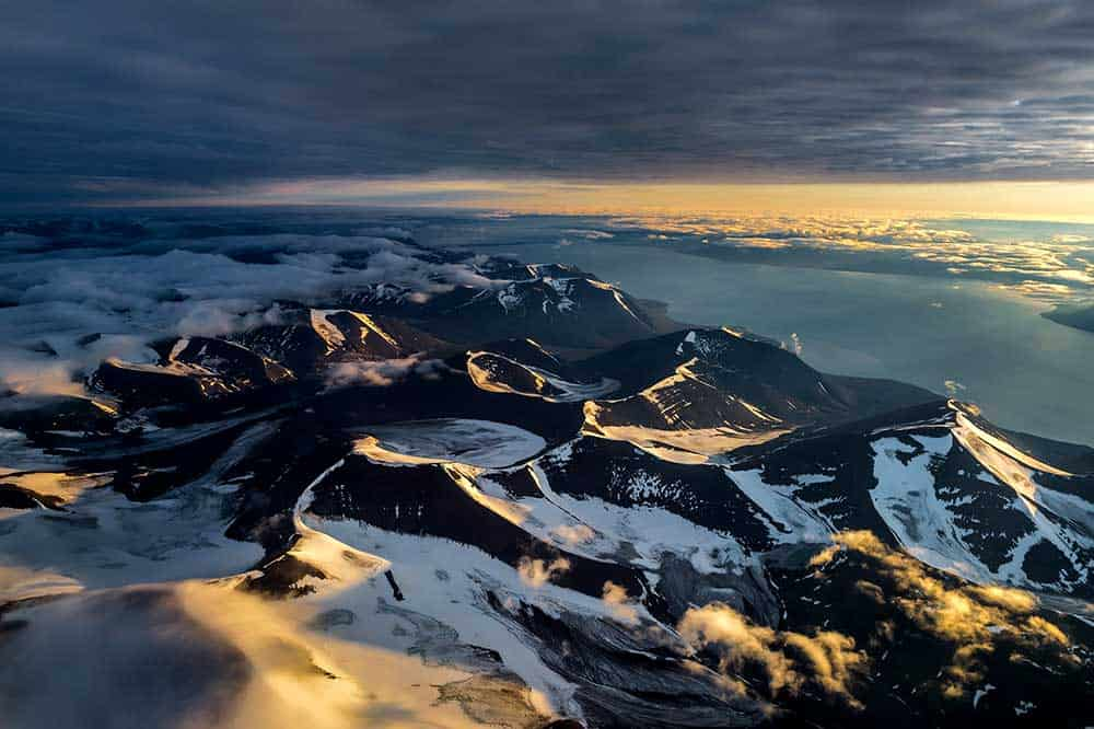 Peaks and hills, travel Spitsbergen