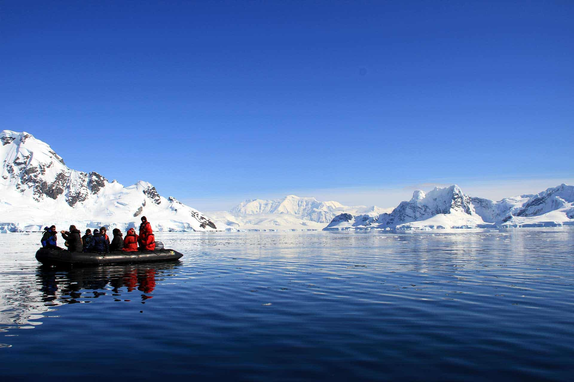Zodiac cruise Antarctic