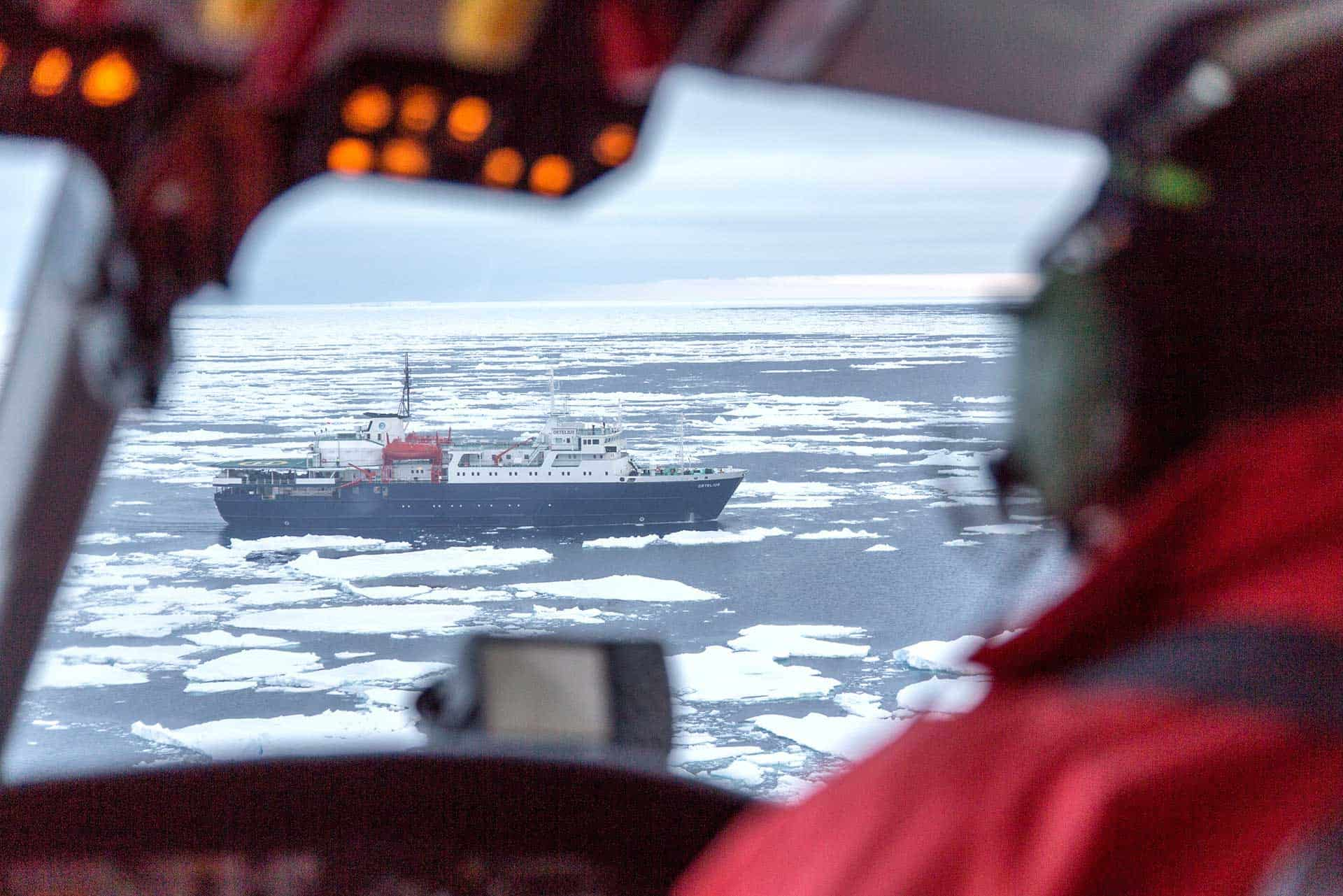 Helicopter flight deck Ross Sea Expledition