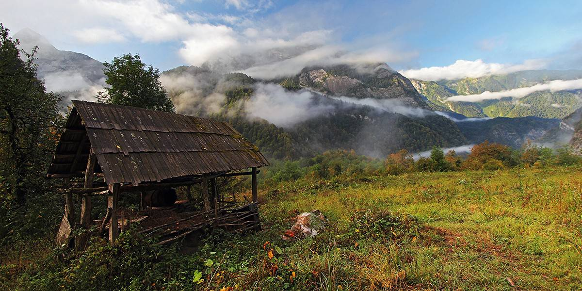 Abkhazian mountain cabin. Photo by Tengiz Tarba